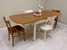 Fresh fresh fresh... aus der Werkstatt: Tisch mit Ausziehfunktion, Eichenfurnierte Platte in Teakgold gebeizt, Gestell Cremeweiß, leichter used Look.... #ausziehbarerEsstisch #ausziehbarerTisch #Tisch #ShabbyChic #Landhaus #countryhouse #countryhome #RetrosalonKöln #Retrosalon #Vintagemöbel #vintagefurniture #vintage #Upcycling #interiordesign #interior #Inneneinrichtung #Einrichtung #Inneneinrichter #Köln