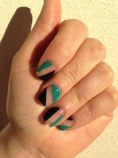 Negative space nail art #negativespace