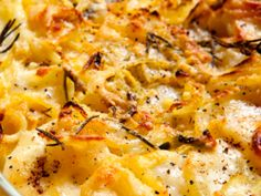 Country Scalloped Potatoes | I like making this side dish recipe for ham or chicken recipes.