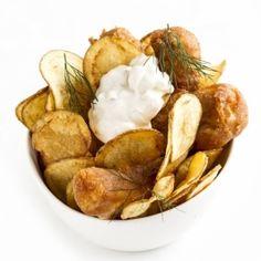 Harcsa fish and chips körtés majonézzel Snack Recipes, Snacks, Fish And Chips, Garlic, Vegetables, Food, Snack Mix Recipes, Appetizer Recipes, Appetizers