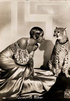 Portrait of Josephine Baker with Chiquita by  Studio PIAZ, 1931