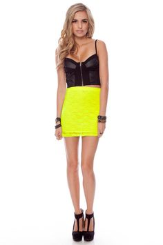 I so need to own this skirt: asap! Dream closet on my way!!