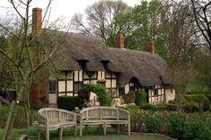 Stratford on Avon - Shakespeare's Home Town
