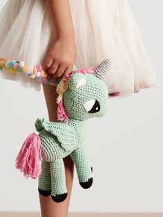 Stella is another magical unicorn, ready to bring the imaginary to life. Like her friend Jess, Stella has intricate wings, colourful mane and a silver thread...
