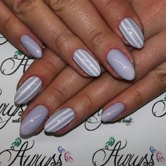 Nails art purple nails