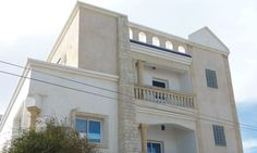 Dar Tunisia Harqalah Offering a barbecue and terrace, Dar Tunisia is located in Harqalah in the Sousse Region.  Each room at this guest house is air conditioned and features a flat-screen TV. Certain units include a seating area for your convenience.