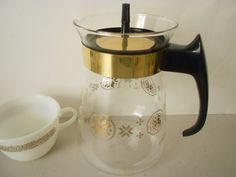 ON SALE  Atomic age  Pyrex Carafe 6  cup by Primetimer on Etsy,