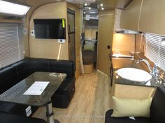 New Airstream Flying Cloud for sale in Louisville TN | 2014 Airstream Flying Cloud 30FB Bunk Travel Trailer For Sale from Chilhowee RV Center in Louisville Tennessee