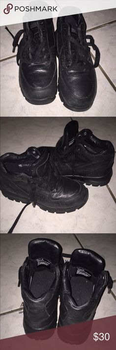 Nike ACG boots, Size 8.5, black | Nike acg boots, Nike acg and Ankle boots