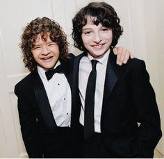 Gaten e Finn (Amores por essa foto)