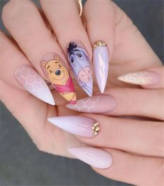 Nail art Christmas - the festive spirit on the nails. Over 70 creative ideas and tutorials - My Nails Disney Acrylic Nails, Best Acrylic Nails, Acrylic Nail Designs, Stiletto Nail Designs, Cute Nails, Pretty Nails, Hair And Nails, My Nails, Acrylic Nails Natural