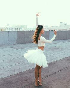 Ballet and dance expression Dance Like No One Is Watching, Just Dance, Tumblr Ballet, Dance Poses, Ballet Photography, Ballet Beautiful, Ballet Dancers, Ballerinas, Dance Pictures