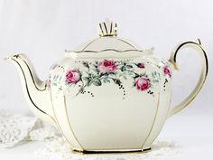 Vintage Teapot by Sadler, England - Cubed Sadler Tea Pot - 4 Cup Vintage Tea 12618