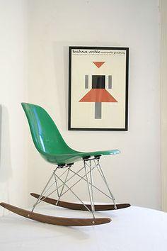 —Original Herman Miller Vintage Charles Eames Rocker Chair Fibre Glass