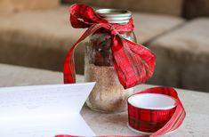 Simple Mills Coffee Cake in a Jar + Full Recipe | paleo, gluten free, coconut palm sugar, clean ingredients | Homemade Gift