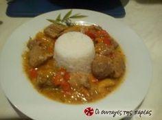 Μαγειρεύοντας έτσι την τηγανιά το κρέας γίνεται τρυφερό με μοναδική σαλτσούλα...Την συνταγή την αφιερώνω στις αγαπημένες μου Χριστίνα και Δήμητρα!!!