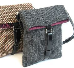 Harris Tweed shoulder bag This and other bags on www .- Harris Tweed Umhängetasche Diese und andere Taschen auf www.designertasch … ent … – Modische Taschen Harris Tweed shoulder bag This and other bags on www. Harris Tweed, My Bags, Purses And Bags, Diy Sac, Purse Patterns, Crochet Patterns, Denim Bag, Fabric Bags, Handmade Bags