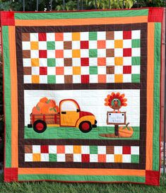 Confetti Cottons – Thanksgiving Pumpkin Sale Quilt – Riley Blake Designs Fall Quilts, Quilt Binding, Custom Quilts, Kona Cotton, Riley Blake, Embroidery Applique, Fall Halloween, Fun Projects, Confetti