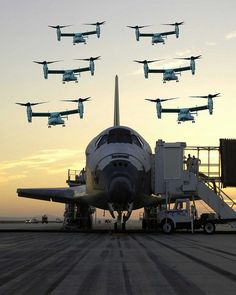 A group of Osprey aircraft fly over space shuttle after a successful shuttle mission. Osprey Aircraft, Osprey Helicopter, Bell Helicopter, Mv 22, Jet Plane, Space Shuttle, Space Travel, War Machine, Military Aircraft