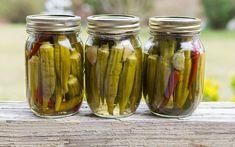 Canning Pickled Okra, Pickled Okra Recipes, Pickled Beets, Canning Recipes, Oven Recipes, Canning Tips, Sweet Pickled Okra Recipe, Canning Pickles, Amigurumi