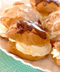 Chocolate Eclairs - Celebration Recipe from I Love Baking SA Easy Cake Recipes, Gourmet Recipes, Baking Recipes, Healthy Recipes, Fancy Desserts, Great Desserts, Chocolate Eclair Recipe, Chocolate Eclairs, Baking Items