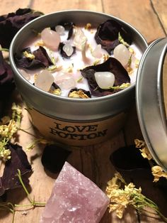 Duftkerzen - Luxury Home Fragrance Luxury Candles, Diy Candles, Scented Candles, Candle Jars, Custom Candles, Chai, Wax Burner, Candlemaking, Diy Crystals