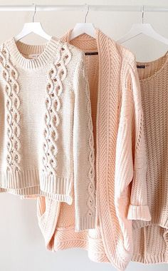Love the cute and casual look of this knitwear