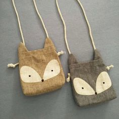 Back in stock~ Now Fox is available as well. Toddler mini Burlap Rabbit and Fox Shoulder Bag 2 colors available : Brown and Gray For Fox, White and Gray For Rabbit Size : 5.5 x 5.9 (toddler size) Its a little bigger than hand. Please double check the size before you make a purchase.