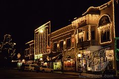 Ashland, Oregon at Christmas. Best Places To Live, Cool Places To Visit, Places Ive Been, Medford Oregon, Ashland Oregon, Jacksonville Oregon, Beautiful Places In The World, Amazing Places, Klamath Falls