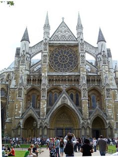 The Richmond Museum of English History: Gothic Architecture in England