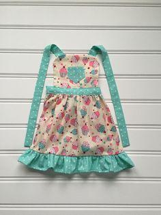 Pink and Green Cupcake Girls Apron, Girls Apron, Child Apron, Toddler Apron, pink apron, Cupcake Apron, Kids Apron