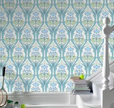 love this wallpaper for a bathroom