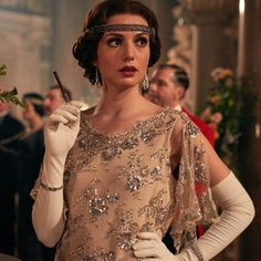 Duchess Tatiana Petrovna (Gaite Jansen)... #Blinders #filles #LES #Peaky #qui #sont Costume Peaky Blinders, Traje Peaky Blinders, Peaky Blinders Dress, Peaky Blinders Series, 20s Fashion, Look Fashion, Vintage Fashion, Peaky Blinders Merchandise, Estilo Gatsby
