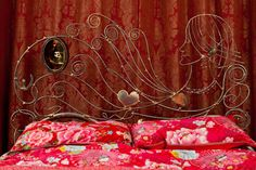 Jane Eyre bed with pearl necklace....can you find Heathcliff?
