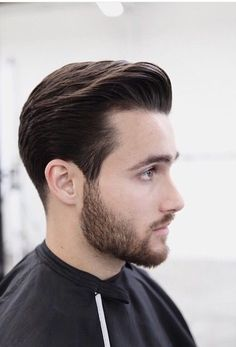 Trending Hairstyles 2019 - Best Short Haircuts For Men - EveSteps Medium Length Hair Men, Medium Hair Cuts, Short Hair Cuts, Short Hair Styles, Medium Hair Styles Men, Hairstyles Haircuts, Haircuts For Men, Haircut Men, Trending Hairstyles