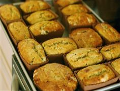 I love banana bread and these mini loaves are so cute!