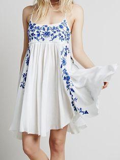 Blue Spaghetti Strap Embroidered Loose Dress 19.33