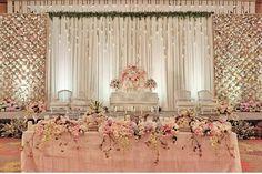 Simple but gorgeous decor