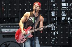 Kip Moore Returns with New Song 'More Girls Like You'