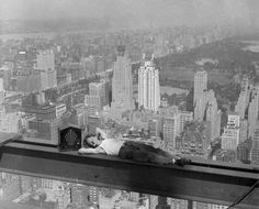 Death-Defying Photos Of Skyscraper Construction Workers Goofing Around