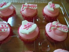 pink cowgirl cupcakes
