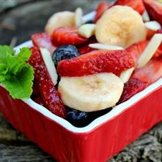 Honey Lime Fruit Salad Recipe.. yummy yummy! Can't wait to make this when summer rolls around!