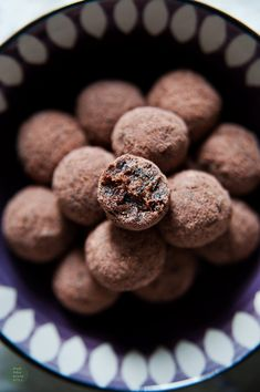 Simple vegan truffles, made with dates and prunes