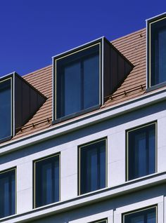 Office and retail building by Tchoban Voss Architekten Social Housing Architecture, Facade Architecture, Dormer Windows, Windows And Doors, Roof Design, Window Design, Brick Extension, Classic House Exterior, Metal Facade