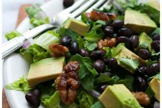 10 Foods That May Benefit Your Brain Better Than Antidepressants - One Green Planet Plant Based Diet, Plant Based Recipes, Organic Recipes, Vegan Recipes, Meatless Recipes, Salad Recipes, Benefits Of Organic Food, Walnut Salad, Healthy Food Options
