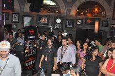 Audience cheering the bartenders at the BARocker Semi-Finals