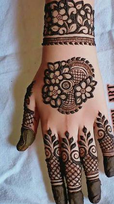 Simple Mehndi Designs Fingers, Back Hand Mehndi Designs, Mehndi Designs Book, Stylish Mehndi Designs, Mehndi Designs 2018, Mehndi Designs For Girls, Mehndi Design Pictures, Wedding Mehndi Designs, Mehandi Designs