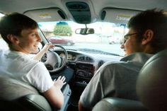 Teens waiting to get drivers' licenses, prefer public transport - CSMonitor.com