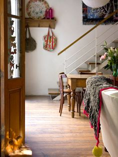 The Bright Bohemian Home of. Pato and Pablo in Buenos Aires This house is just awesome isn& it? Interior Deco, Home And Living, Bohemian House Decor, Bohemian Home, Home Decor, Eclectic Home, House Interior, Living Spaces, Home Deco