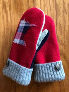Excited to share the latest addition to my shop: Wool Mittens Yarn Projects, Sewing Projects, Old Sweater Crafts, Fleece Crafts, Sewing Patterns, Crochet Patterns, Sweater Mittens, Wool Felt, Felted Wool